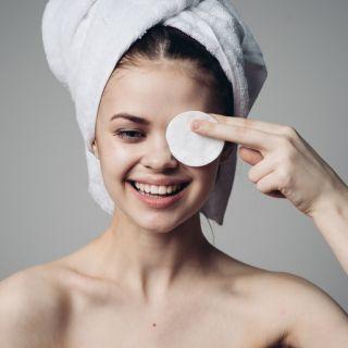 Qual o produto de limpeza mais adequado para o seu rosto? Descubra!