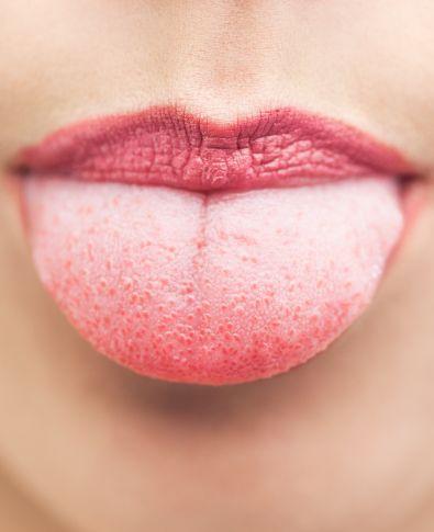 Você sabe o que a saliva pode fazer pelo seu universo bucal?