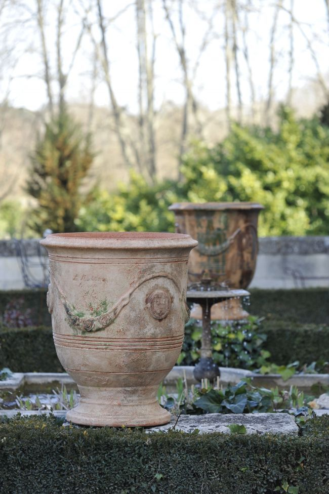 La Madeleine Pottery
