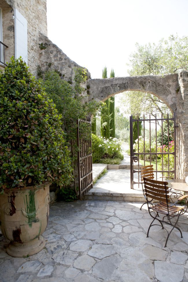 The Bastide De Moustiers Alain Ducasse's Little Paradise in Provence