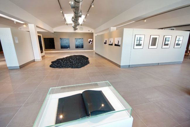 Exposition Bernar Venet at the Regards de Provence Museum
