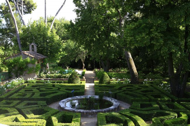 The gardens of the Bastide de Romegas
