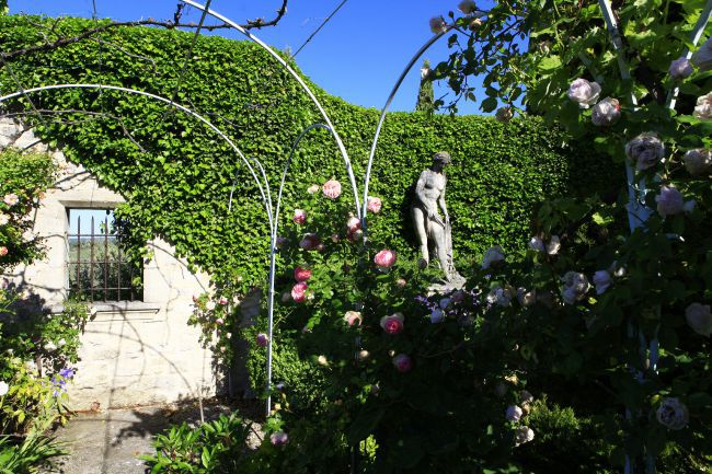 The Prieuré de Saint-Michel Garden