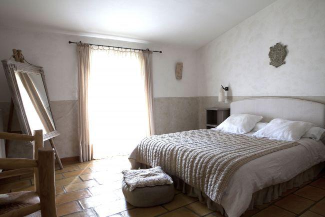 Le Mas du Naoc A Guesthouse in Cabris