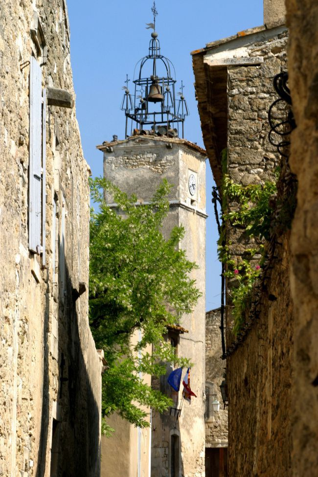 All the Charm of the Luberon in Menerbes