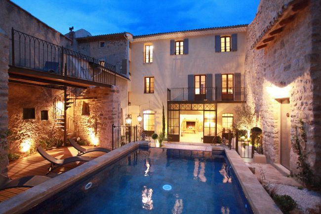 The Maison des Remparts, Sweet Refuge of Provencal Lifestyle