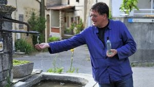 Water is back in the fountain of Revest-des-Brousses