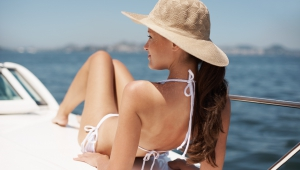 5 tips to prolong your tan