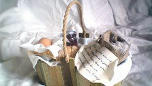 The Tradition of the Provencal Baby Basket