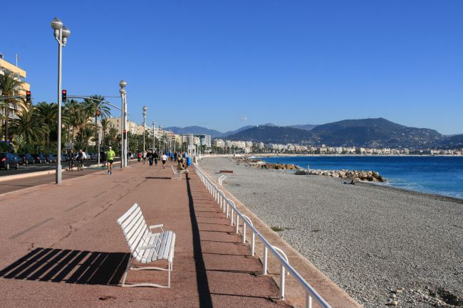 Facing the Bay of Angels in Nice