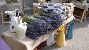 Un recorrido por el corazón de los mercados más bellos de la Provenza