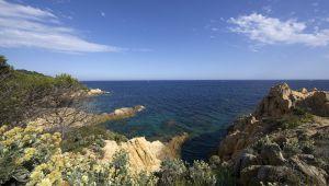 Escapada a orillas del mar en la costa de Var