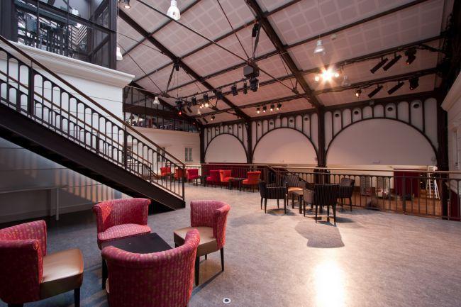 Le hall Gustave de la Station Alexandre