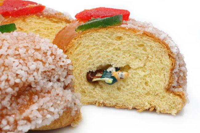 プロヴァンス風の王冠型「ガトー・デ・ロワ(王様の菓子)」
