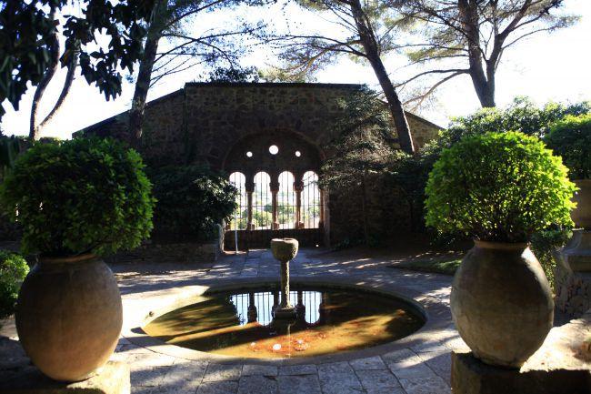 ぜひ訪れたいおすすめ名所、ラ・ナプール城