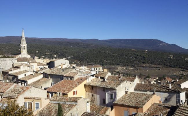 Saint-Saturnin-Lès-Apt, pomar de cerejeiras