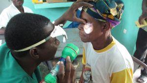 Fundação L'OCCITANE: apoio à emancipação feminina e aos deficientes visuais