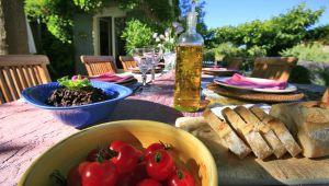 普罗旺斯橄榄酱,为美味佳肴锦上添花。