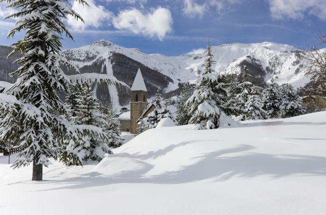 Ski resort of the Southern Alps