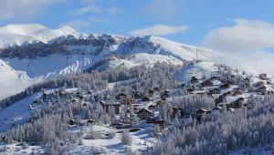四座擁有地中海美景的滑雪度假村